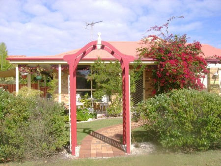 Angels Beach Lodge - Mackay Tourism