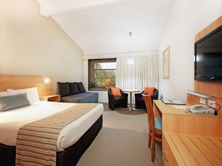 Quality Hotel Airport International - Mackay Tourism