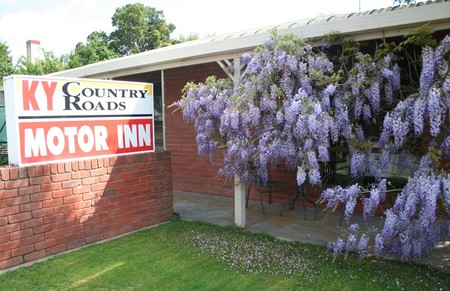 KY COUNTRY ROADS MOTOR INN - Mackay Tourism
