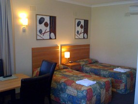 3 Sisters Motel - Mackay Tourism