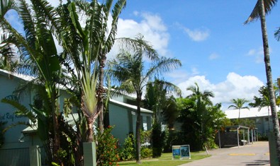 Coral Reef Resort  Holiday Apartments - Mackay Tourism