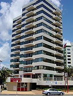 Beachfront Towers - Mackay Tourism