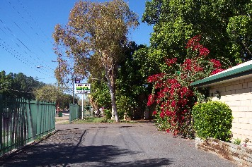 Darling River Motel - Mackay Tourism