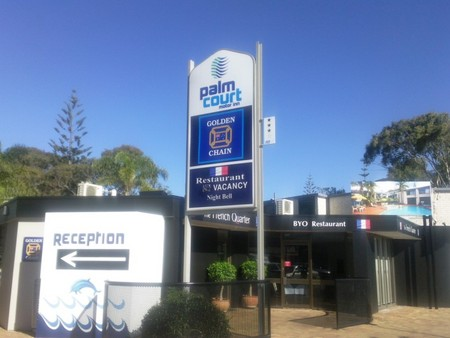 Palm Court Motor Inn - Mackay Tourism