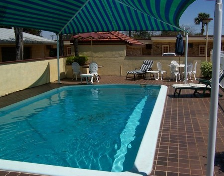 Burke and Wills Motor Inn Kingaroy - Mackay Tourism