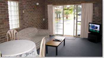 Southern Cross Holiday Apartments - Mackay Tourism