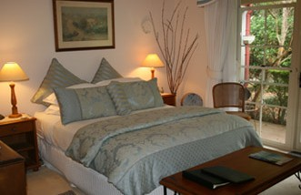 Noosa Valley Manor - Bed And Breakfast - Mackay Tourism