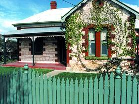Naracoorte Cottages - Smith Street Villa - Mackay Tourism