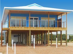 Lincoln View Holiday Home - Mackay Tourism
