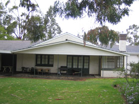 Naracoorte Cottages - Pinkerton Hill - Mackay Tourism