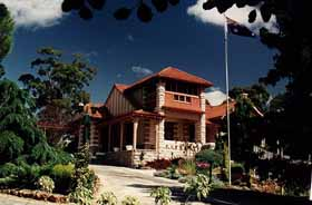Marble Lodge - Mackay Tourism