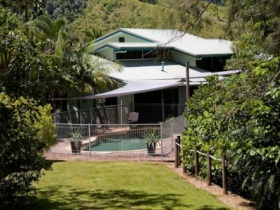 Tranquility on the Daintree - Mackay Tourism