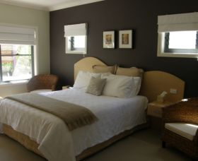 CeeSpray on Owen Bed and Breakfast - Mackay Tourism
