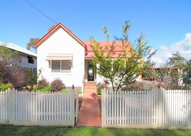 Diamond Cottages - Mackay Tourism