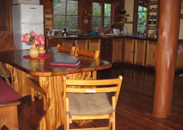 Black Sheep Farm Guest House - Mackay Tourism