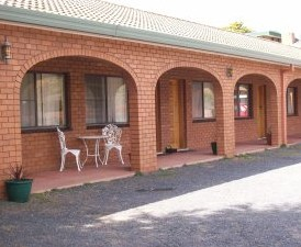 Cooma Country Club Motor Inn - Mackay Tourism