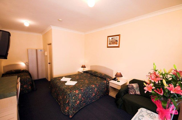 Midlands Motel - Mackay Tourism