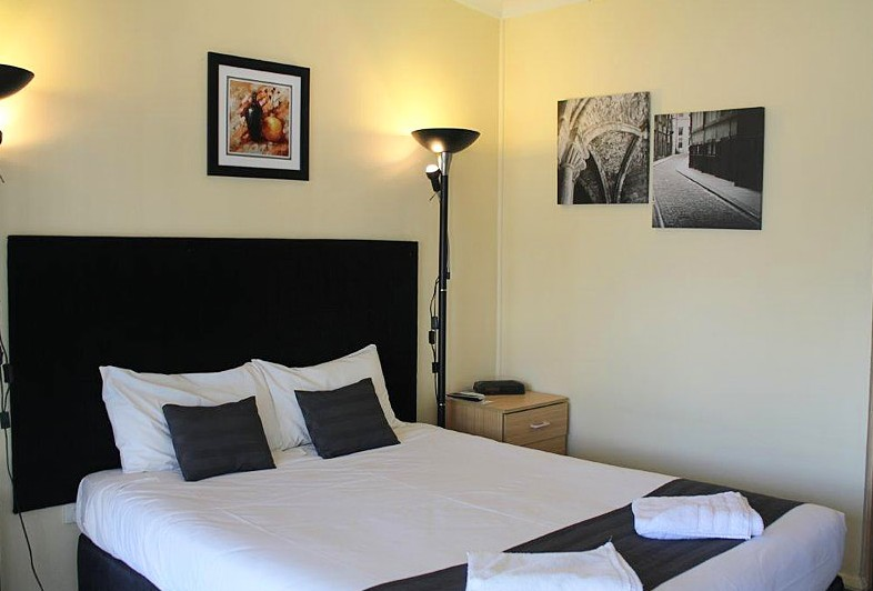 Taree Highway Motor Inn - Mackay Tourism