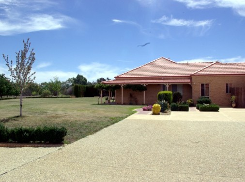 Fairways Bed and Breakfast at Jerilderie - Mackay Tourism