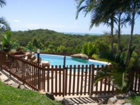 Grasstree Beach Bed and Breakfast - Mackay Tourism