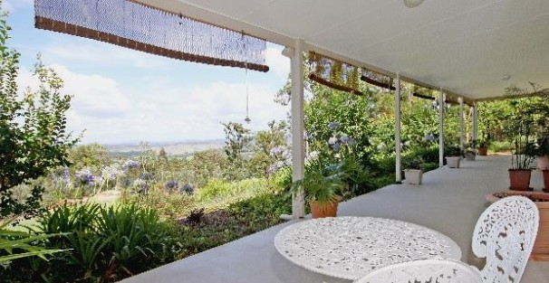 Bed and Breakfast at Wallaby Ridge - Mackay Tourism