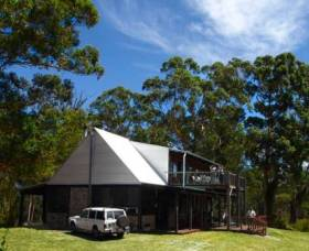Wolfes Landing Eco Stay - Mackay Tourism
