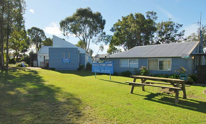 Huskisson Holiday Cabins - Mackay Tourism