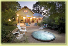 Jacaranda Cottage - Mackay Tourism