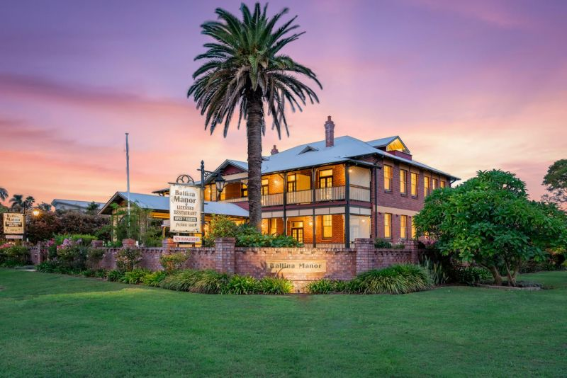 Ballina Manor Boutique Hotel  - Mackay Tourism