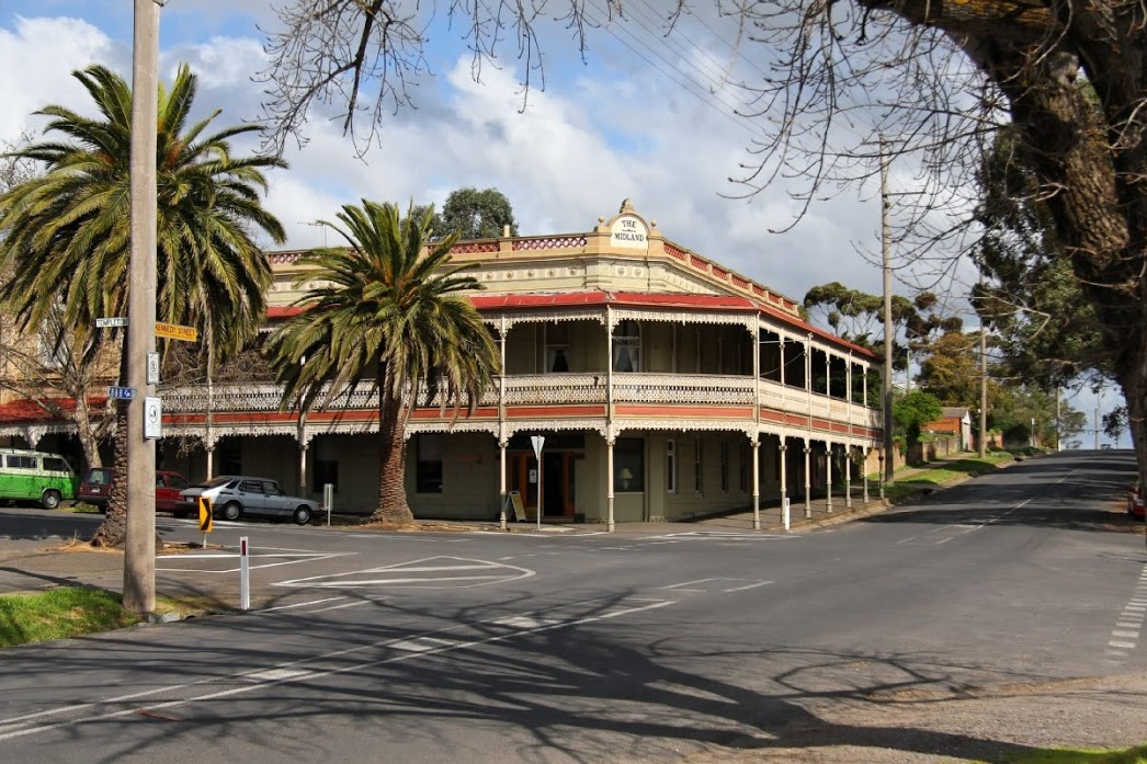 The Midland Hotel Castlemaine - Mackay Tourism