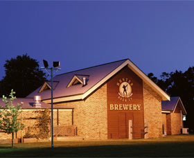 Potters Hotel And Brewery - Mackay Tourism