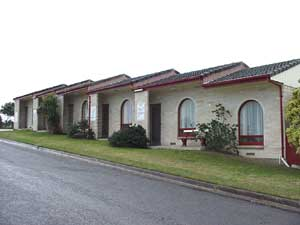 Oyster Court Motel - Mackay Tourism
