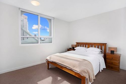 Astra Apartments - Melbourne Docklands - Mackay Tourism