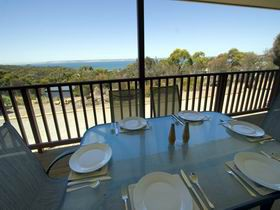 American River Water View Cottage - Mackay Tourism