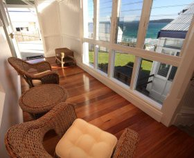 Sugarloaf Point Lighthouse Holiday Accommodation - Mackay Tourism