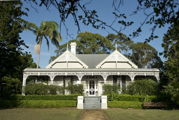 The Villa - Country House Retreat - Mackay Tourism