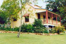 Mango Hill Cottages Bed  Breakfast - Mackay Tourism