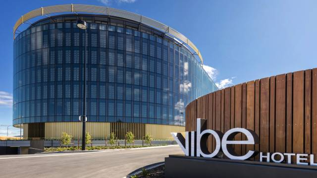 Vibe Hotel Canberra - Mackay Tourism