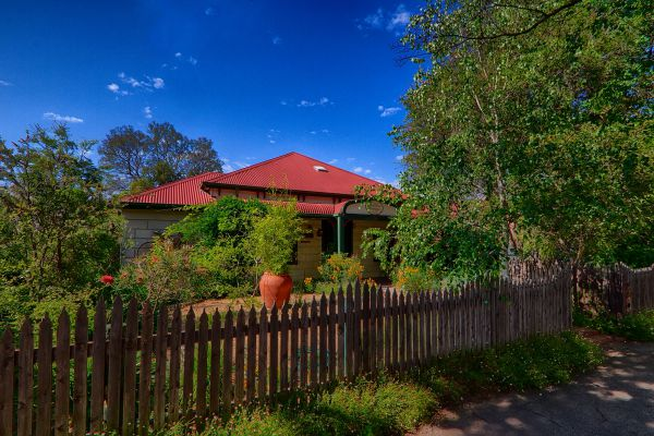 Rushton Cottage Bed and Breakfast - Mackay Tourism