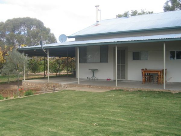 Gilgens Country River Retreat - Mackay Tourism