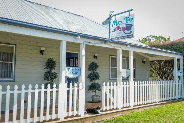 Mrs Top at Milton Bed and Breakfast - Mackay Tourism