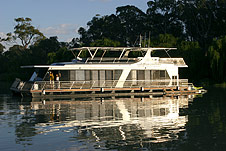 Whitewater Houseboat - Mackay Tourism