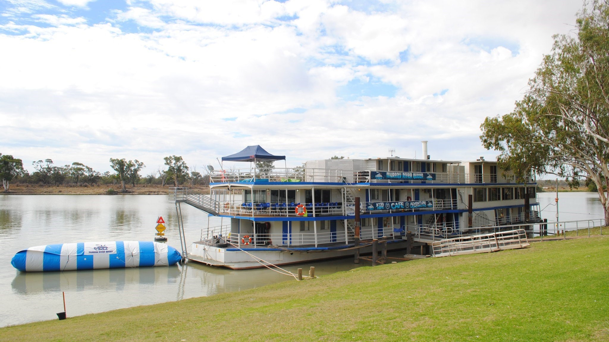 Murray River Queen Backpackers - Mackay Tourism