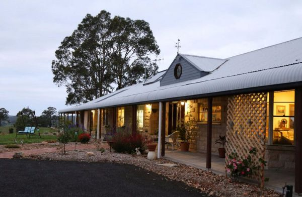 BellbirdHill Bed and Breakfast - Mackay Tourism