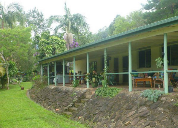 Crofton's Retreat - Mackay Tourism