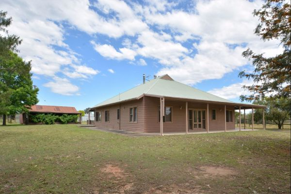 Grasmere Estate Homestead - Mackay Tourism