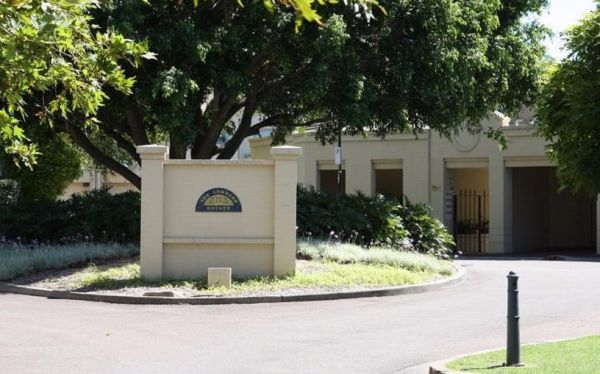 The Lombard Estate Sydney - Mackay Tourism