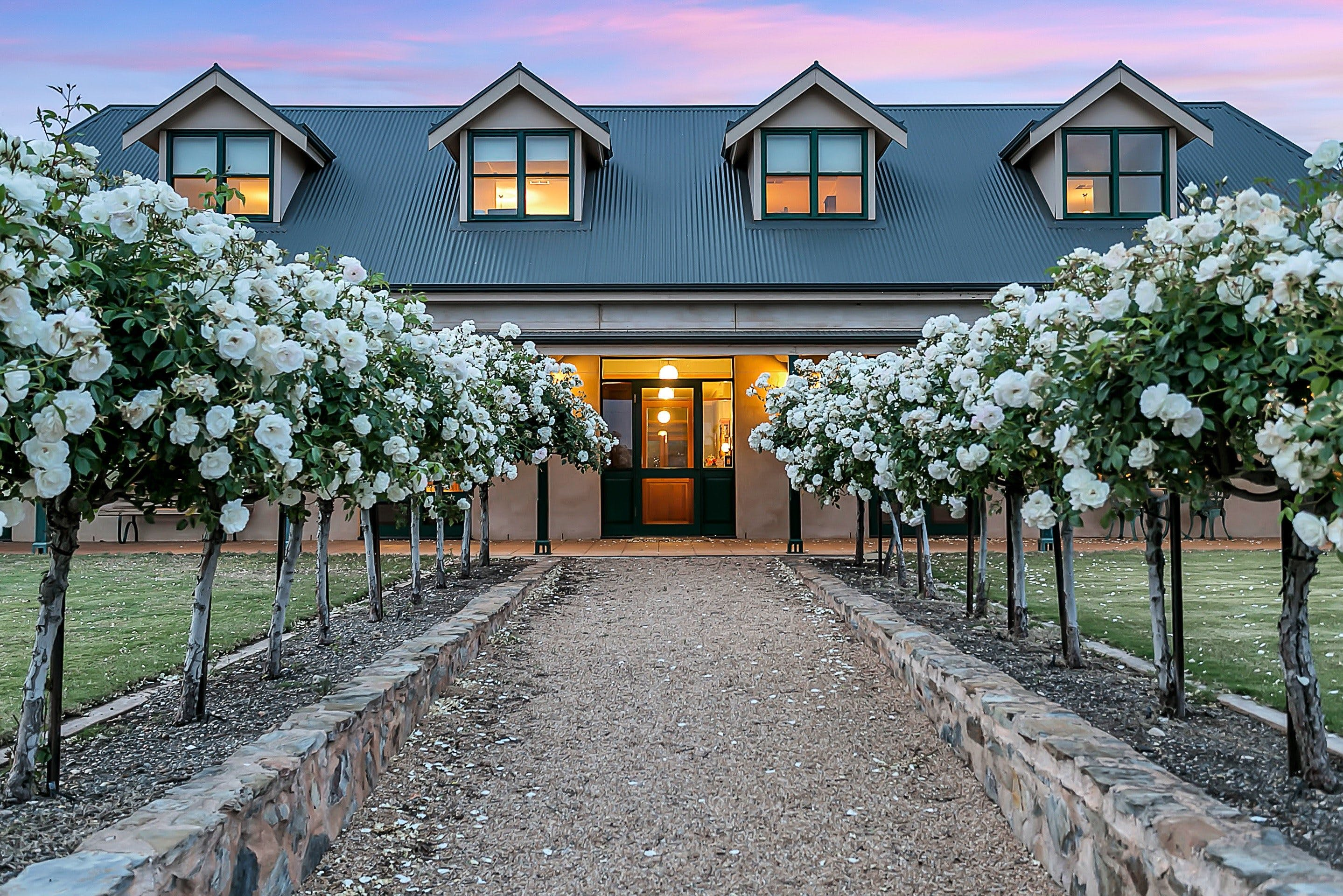 Abbotsford Country House - Mackay Tourism