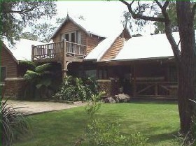 William Bay Country Cottages - Mackay Tourism