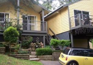 Ttwo Peaks Guesthouse - Mackay Tourism